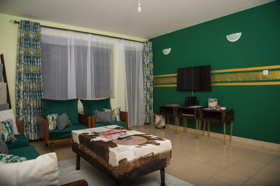 Owners abroad Sefu Furnished Apartment - Green & Gold