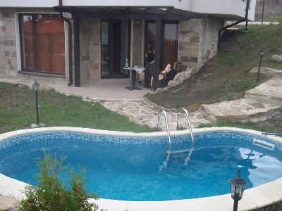 Apartment in Bulgaria, North Sunny Beach: private plunge pool beside apartmens patio area