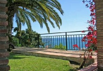 Villa in Spain, Benalmádena: Wonderful views of sea and mountains