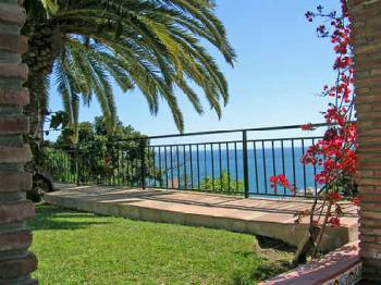 Villa in Spain, Benalmádena: Wonderful views of sea and mountains