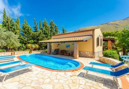 Villa in Castellammare del Golfo, Sicily