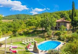 Villa in Ortignano Raggiolo, Italy