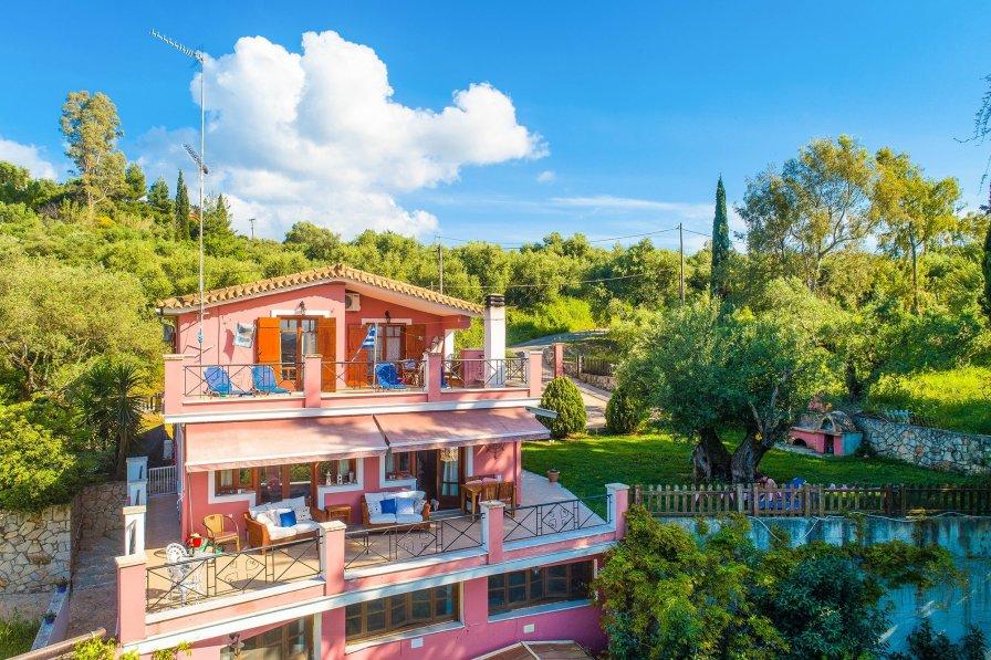 Owners abroad Villa Eliza