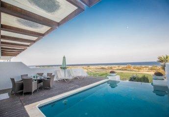 5 bedroom Villa for rent in Pernera
