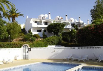 2 bedroom Villa for rent in Carvoeiro