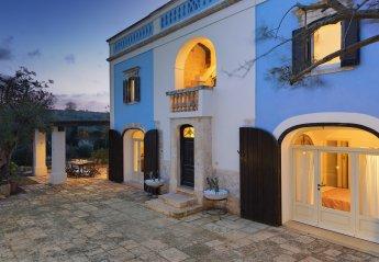 5 bedroom Villa for rent in Ostuni
