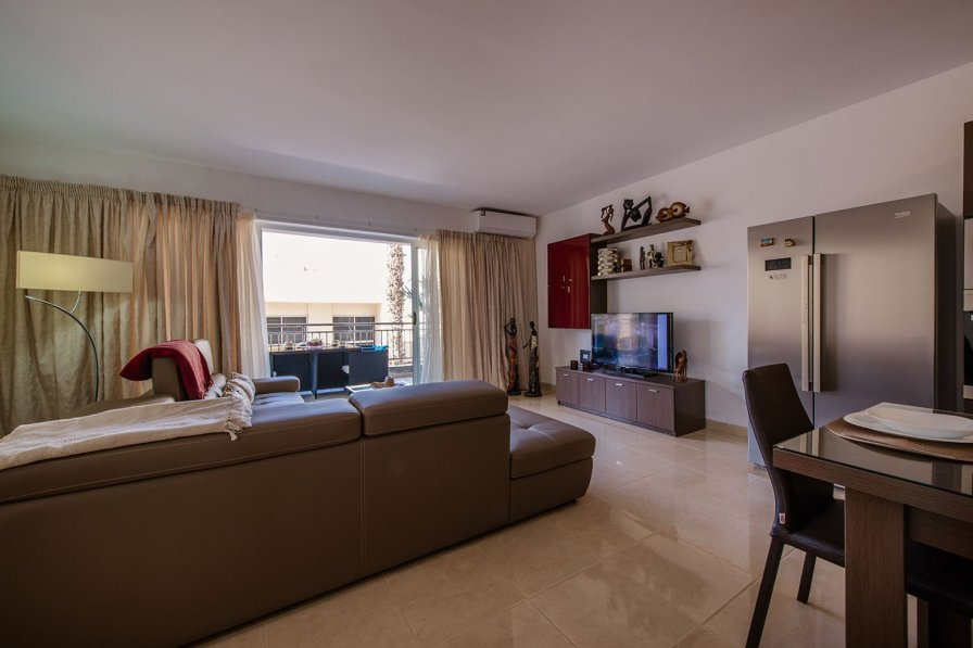 Owners abroad Luxury Apartment Close to the Sea