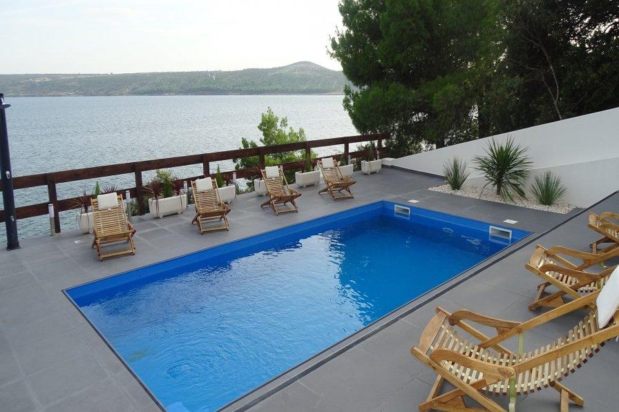 Villa in Croatia, Posedarje