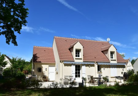 Villa in Donnery, France