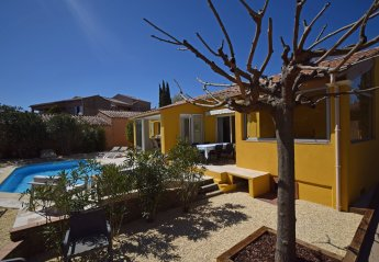 2 bedroom Villa for rent in St Tropez