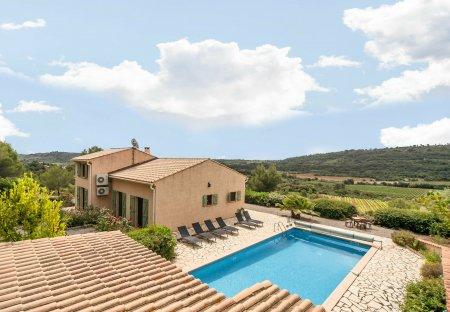 Villa in Cébazan, the South of France