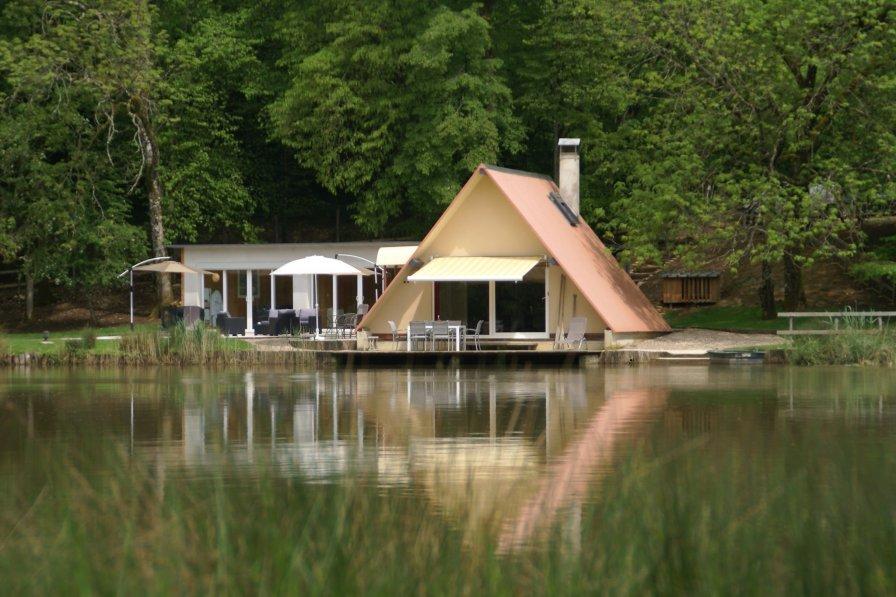 House in France, Delain