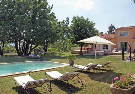 Villa in Reillanne, the South of France