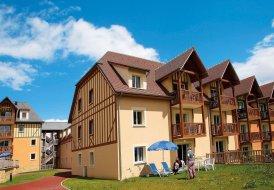 Apartment in Saint-Arnoult, France