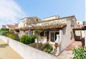 Villa in Saintes-Maries-de-la-Mer, the South of France