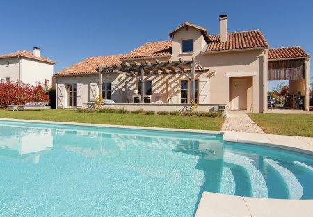 Villa in Écuras, France