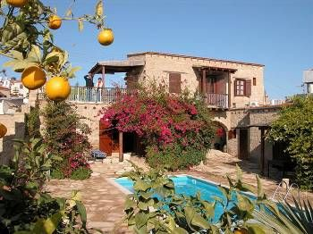 Villa in Cyprus, Tochni: Villa Myrto