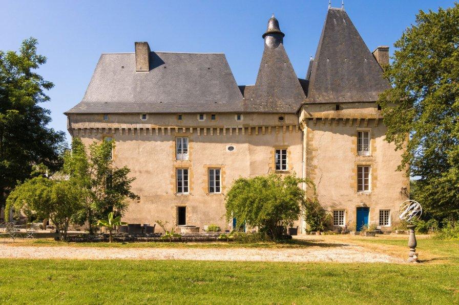 Owners abroad Gîte du Château