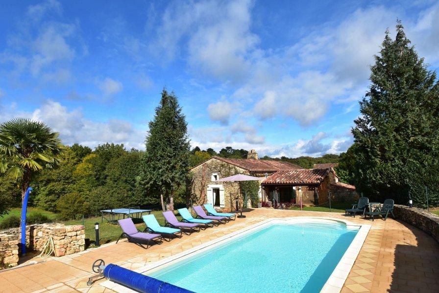 Owners abroad Maison de vacances St Cernin de l Herm 8p