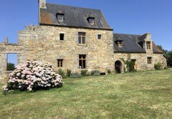5 bedroom Villa for rent in Plougasnou