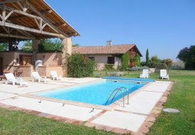 Villa in Monblanc, the South of France