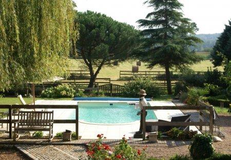 Villa in Cinais, France