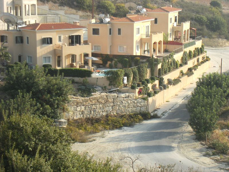 Villa in Cyprus, Tala: Villa Hunter large garden and great location with Fab views