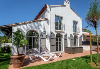 4 bedroom Villa for rent in Biarritz