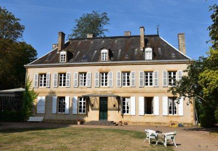 Villa in Saint-Aubin-sur-Loire, France