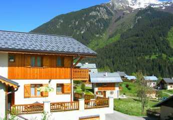 6 bedroom Chalet for rent in La Plagne