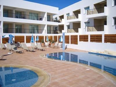 Apartment in Cyprus, Kapparis: Stylish, Up-Market Development