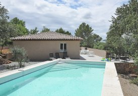Villa in Tavernes, the South of France
