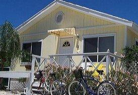 Hoopers Bay Villas Exuma (Yellow Elder)