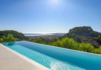 5 bedroom Villa for rent in Javea