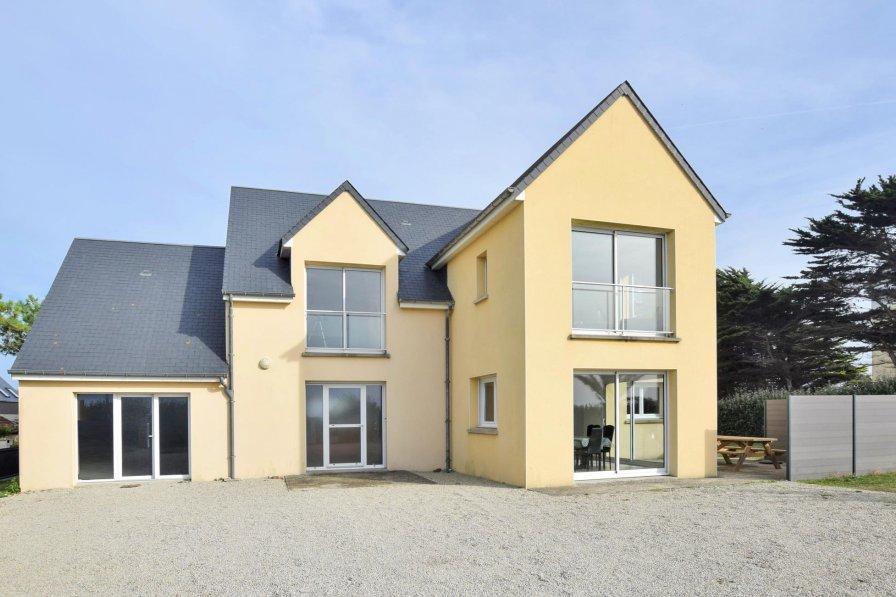 Owners abroad Villa rental in Saint-Germain-sur-Ay, France