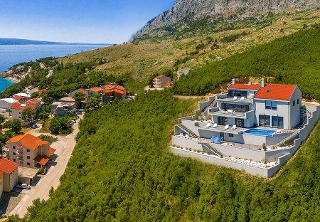 Villa in Lokva Rogoznica, Croatia