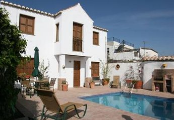 Village House in Spain, Pinos del Valle: La Vista the pool area with bbq.