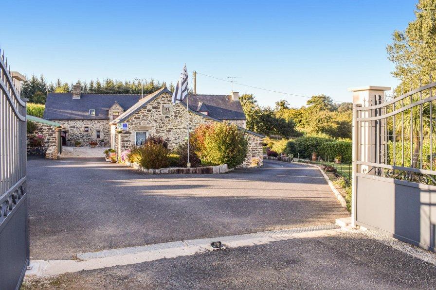 Villa in Plouguenast, France