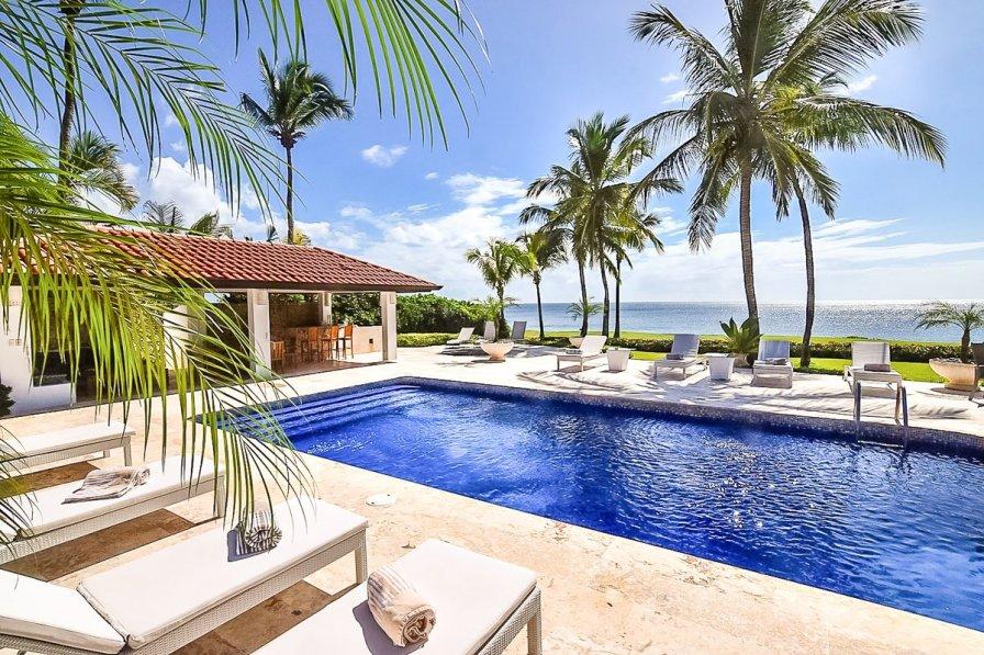 Owners abroad Villa Costa Dom