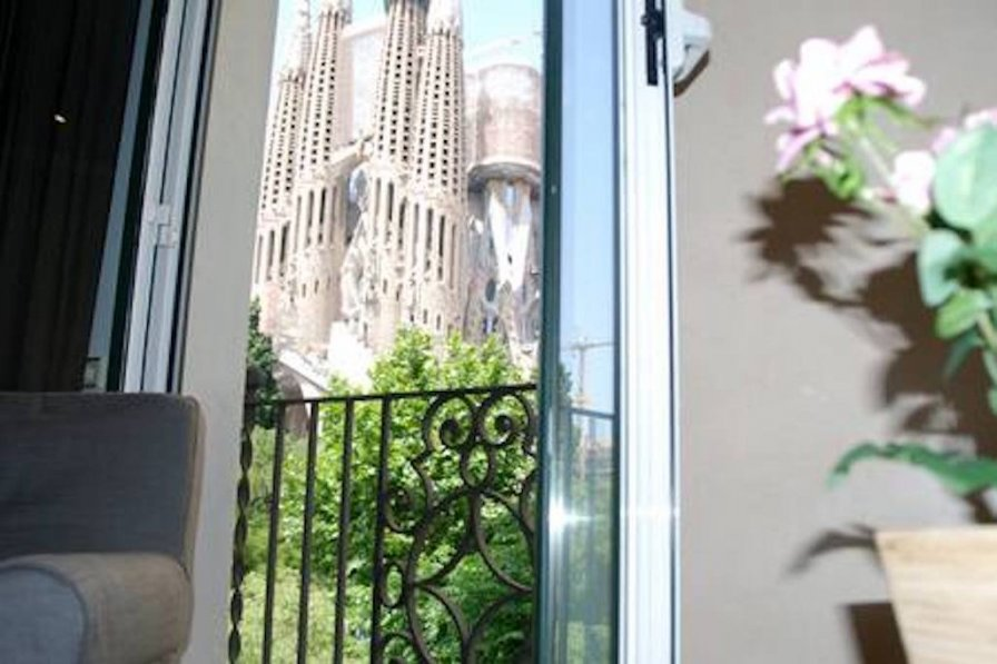 Apartment in Spain, La Sagrada Família