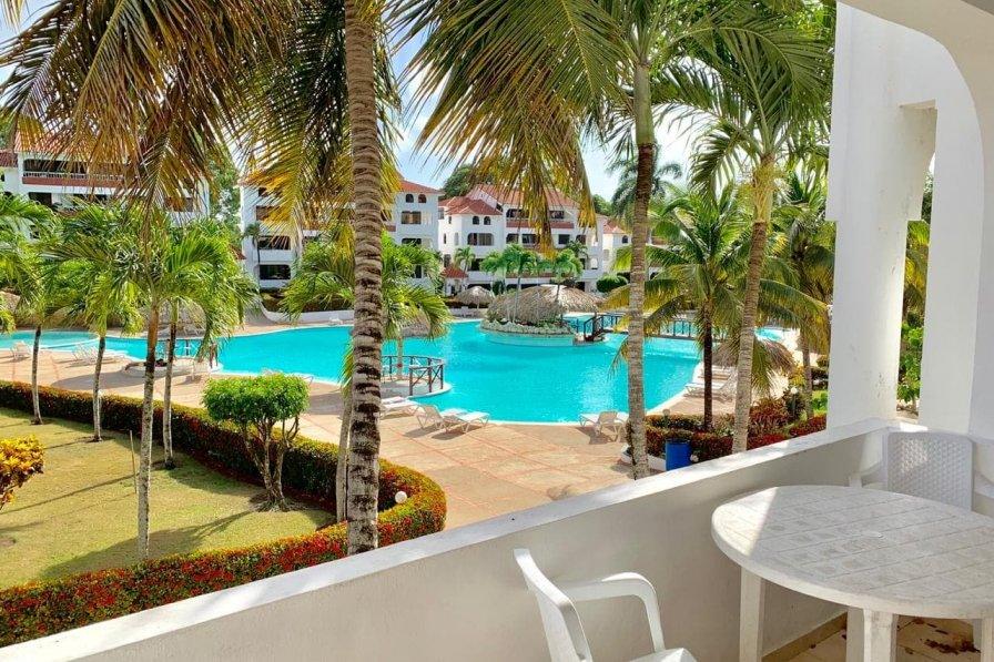 Owners abroad Condo located in a beautiful complex