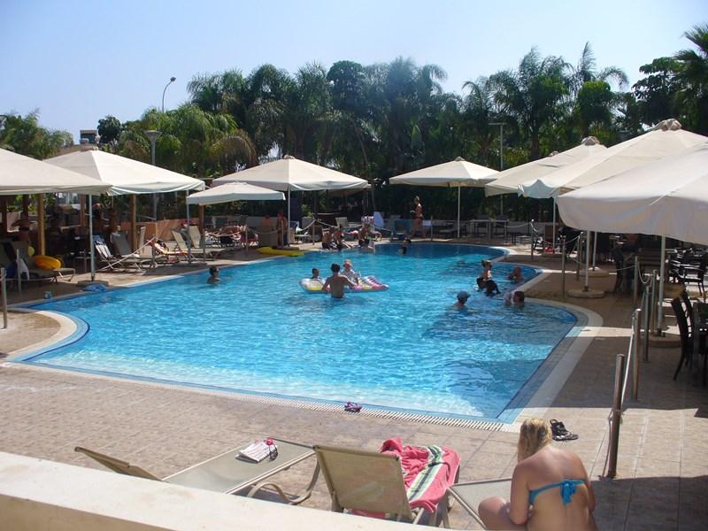 Apartment in Cyprus, Nissi Beach: Swimming Pool