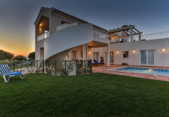 4 bedroom Villa for rent in Sagres