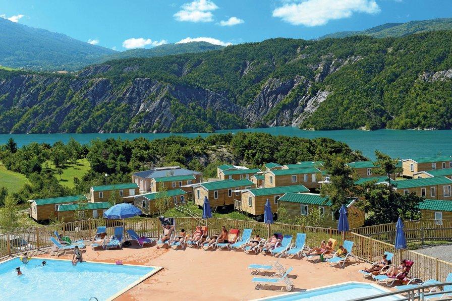 Owners abroad Les Berges du Lac 2