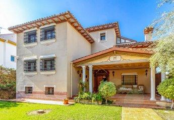 7 bedroom Villa for rent in Malaga