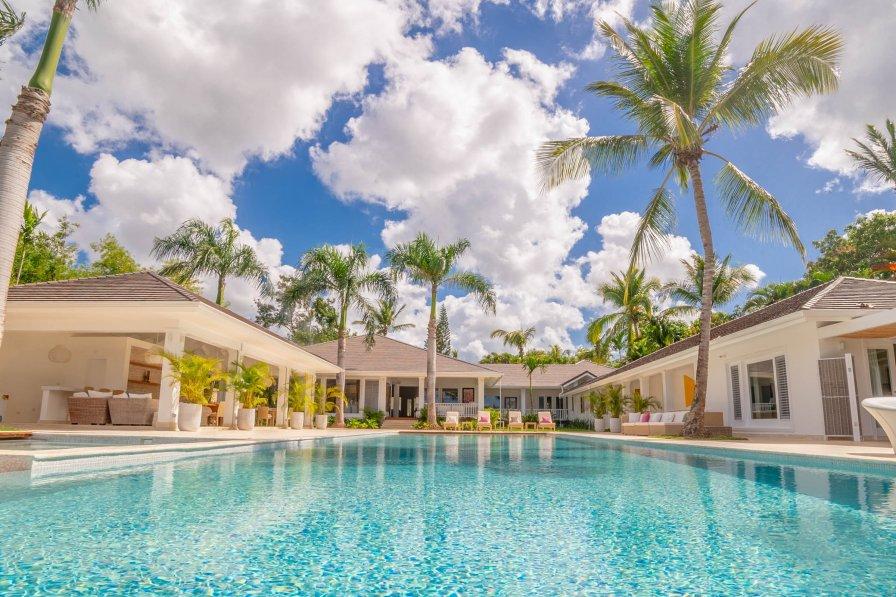 Owners abroad Villa Bermudez