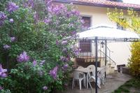 Apartment in Italy, Chianti Valdarno: The lilac and the gazebo