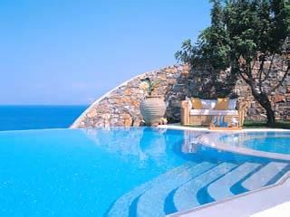 Villa in Greece, Elounda: Master bedroom