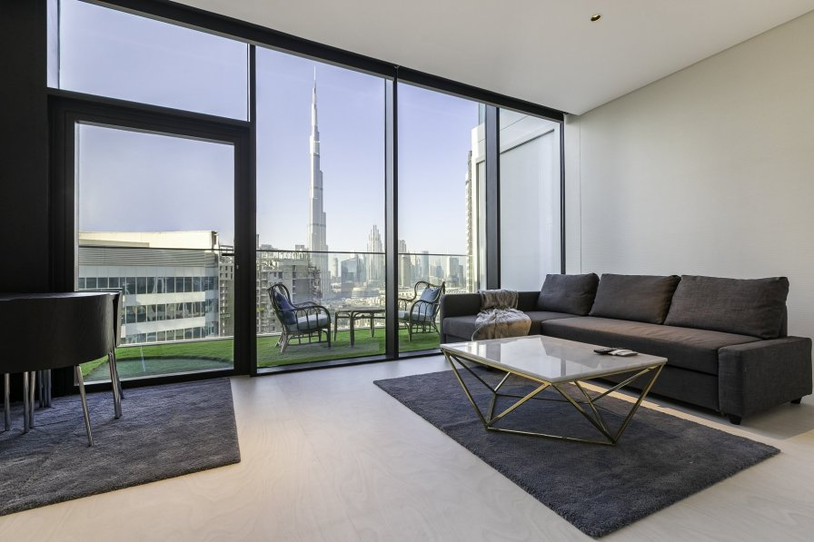 Owners abroad Studio with swimming pool in Dubai, United Arab Emirates