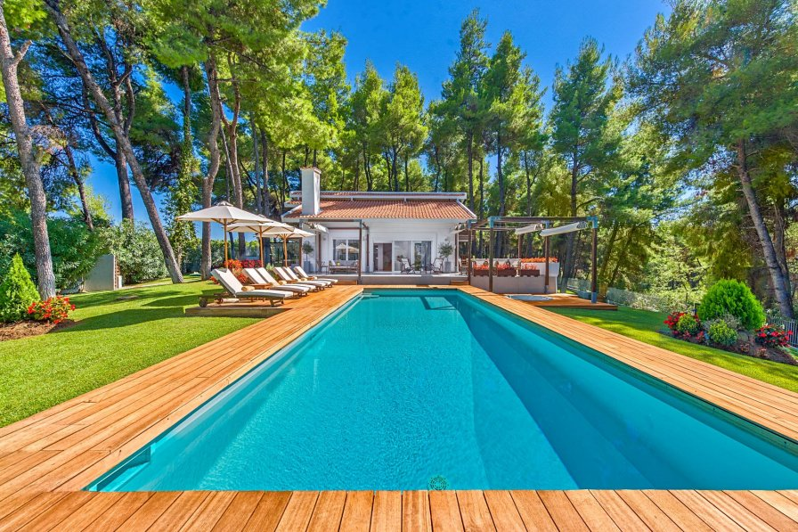 Owners abroad Villa Pinewood